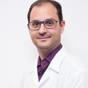 Dr. Eduardo Perrone
